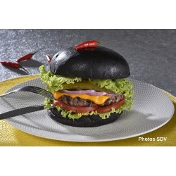 Black cheese burger